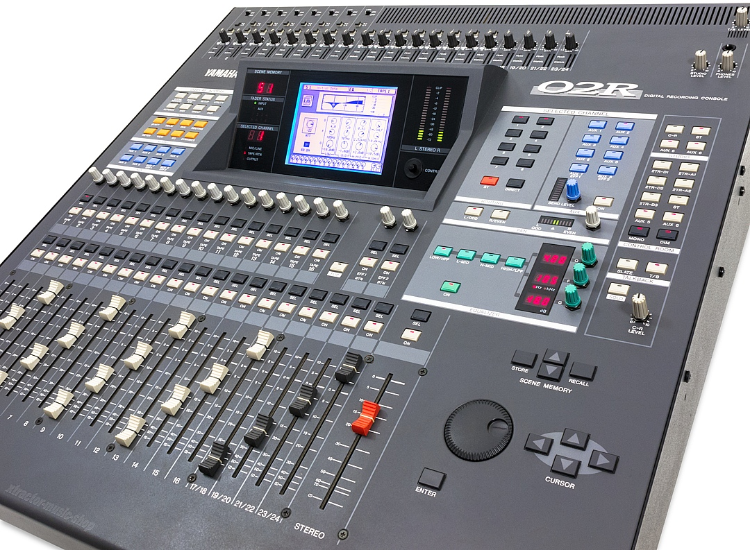 yamaha 02r digital mixer mixing console mixer o2r version 2 1j guarantee ebay. Black Bedroom Furniture Sets. Home Design Ideas